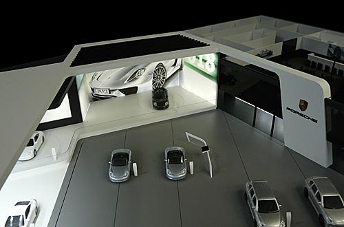 architekturmodell porsche messestand bei der internationalen automobil ausstellung 2013 b la. Black Bedroom Furniture Sets. Home Design Ideas